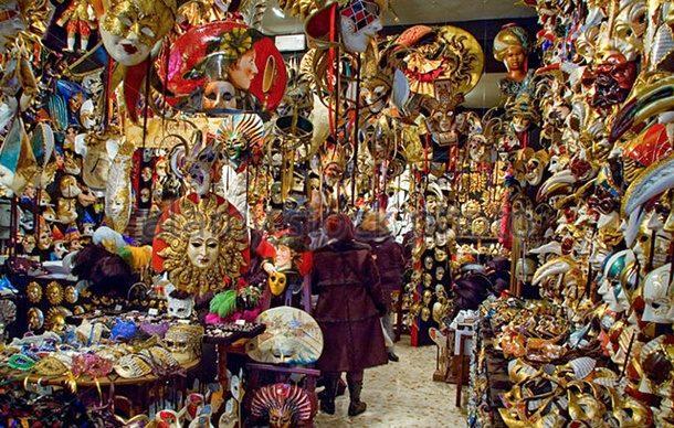 Venedik Karnaval Maskeleri Göz Kamaştıracak