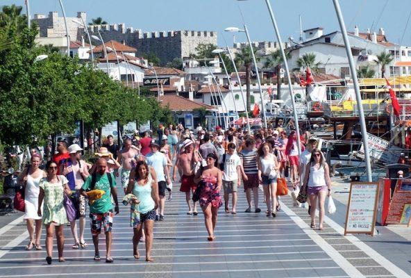 Rus Turist Sayısı Artıyor, Avrupalı Turist Sayısı Düşüyor