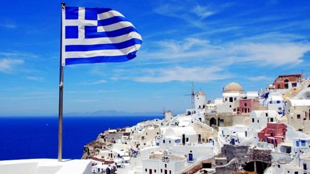Yunanistan'da Turizm Gelirleri Artıyor