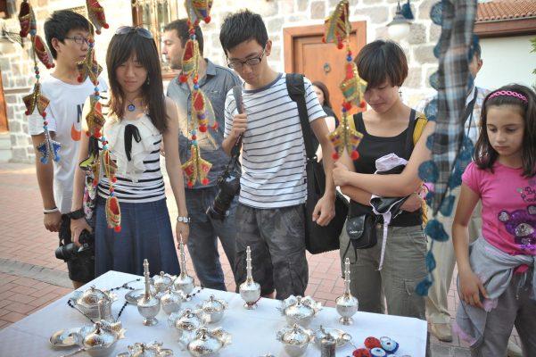 Çinliler Alişveriş