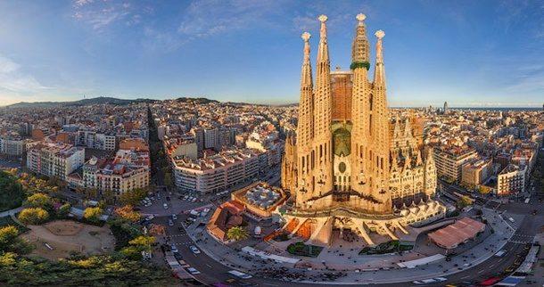 Turizm Şehri Barselona'nın En Büyük Sorunu Turizm