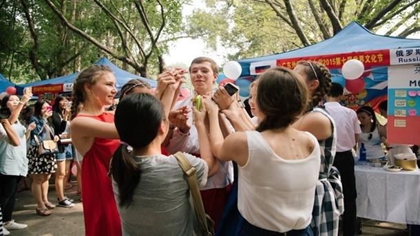 Çinli Öğrencilerin Rusya'ya İlgisi Artıyor