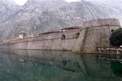Venedik Savunma Duvarı Hırvatistan İtalya Karadağ