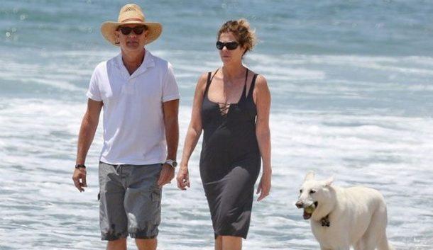 Tom-Hanks-Greece-Island