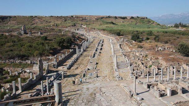 perge-antik-kenti
