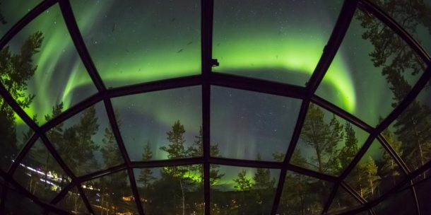 Muhteşem Kuzey Işıklarını yattığınız yerden izleyebilirsiniz