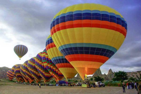 Kapadokya'da balon turlarına ilgi yüzde 32 artış getirdi
