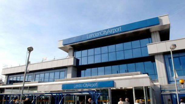Londra'daki City Havalimanı bomba yüzünden kapatıldı