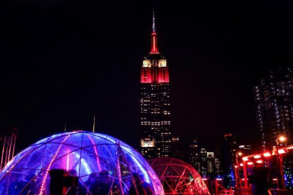 New York'un simgesi Empire State THY ile kırmızı-beyaza büründü