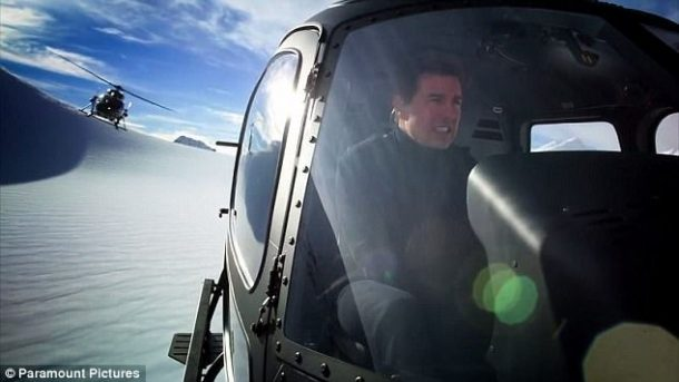 Tom Cruise Impossible Mission 6'da helikopteri kendi uçurdu