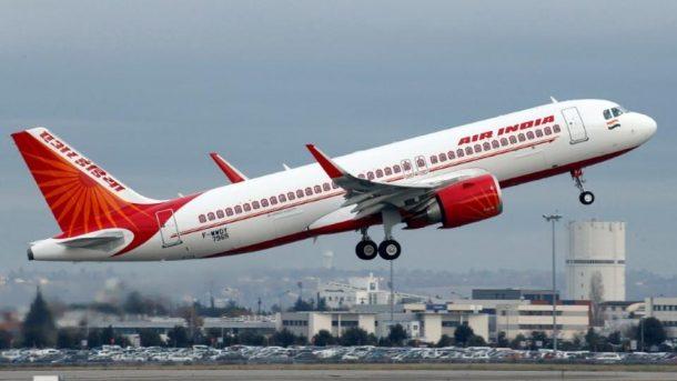 Air Indiada amirden kabin memuruna tokat