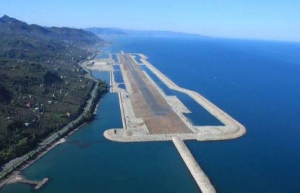 Bakan Arslan 2023te her 100 kmye bir havalimani