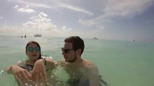 Calvin Harris eski sevgilisiyle Cancunda