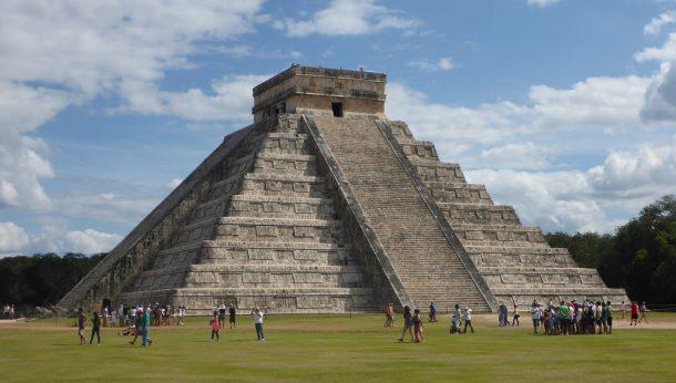 El castillo piramidi - ChichenItza