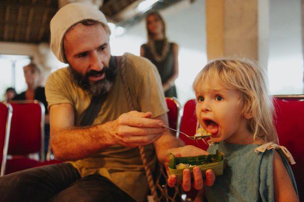 Ubud yemek festivali turistler tadiyor
