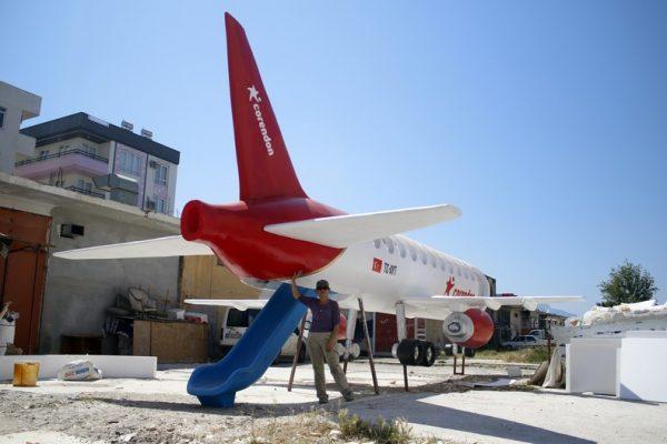 A>ntalya çocuklara özel kaykay uçak