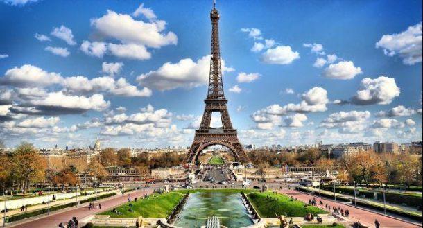 Parisin simgesi Eiffel Kulesi kapatıidi