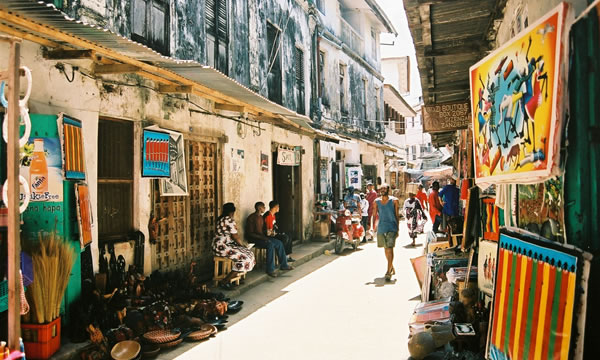 Stone-Town zanzibar sokaklari