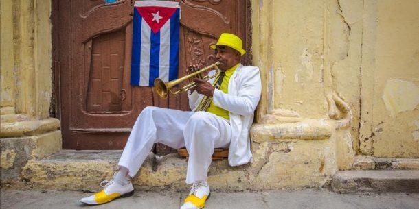 kuba sokaklarinda muzik