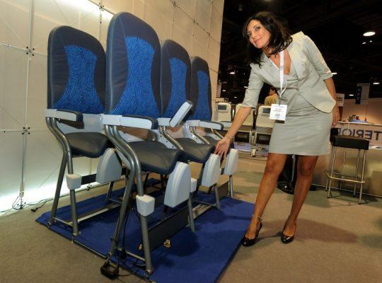 Uçaklarda ayakta yolcu devrimi