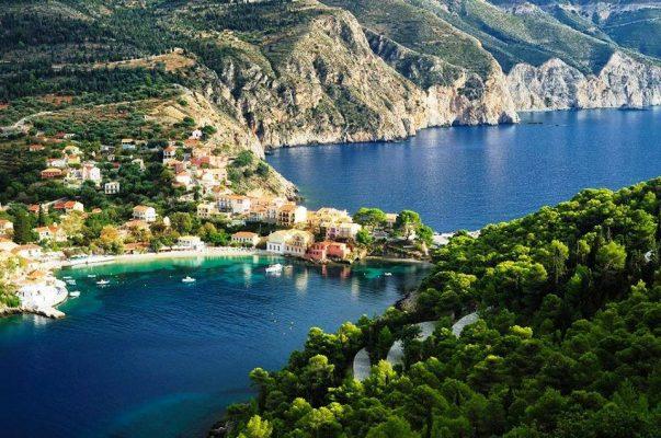 İyon Adalarının en güzeli Kefalonya