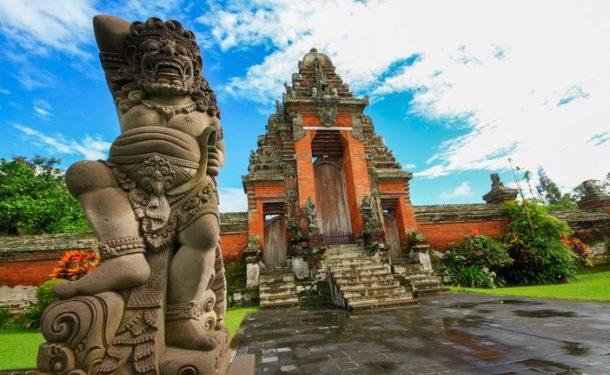 Balayi tatili için çiftlerin tercihi Bali