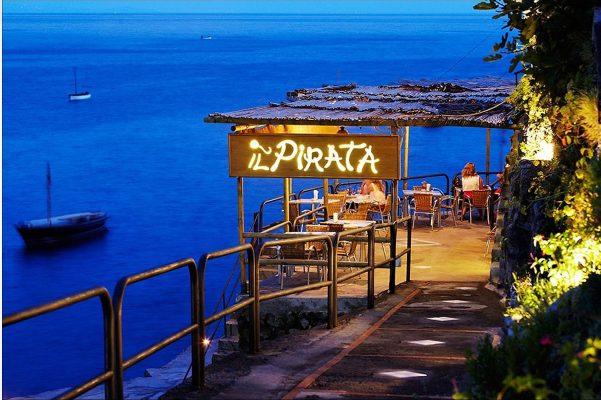 Il Pirata, deniz ürünleri ile ünlü