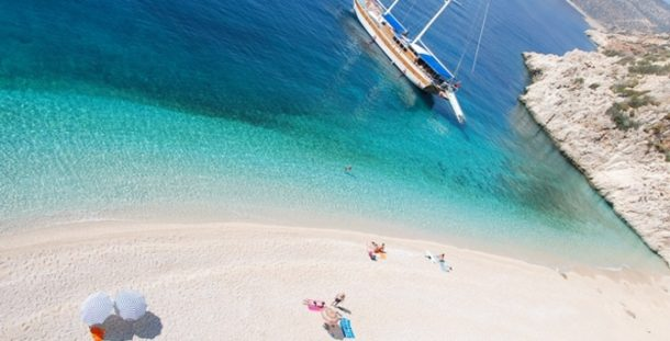 Türkiyede Mavi Bayraklı plajlar çoğalıyor