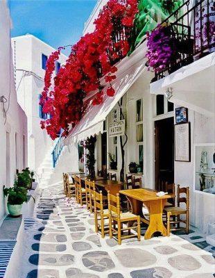 Yunan adasi Santorini sokaklari