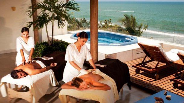En iyi balayı tatili Bali'de masaj