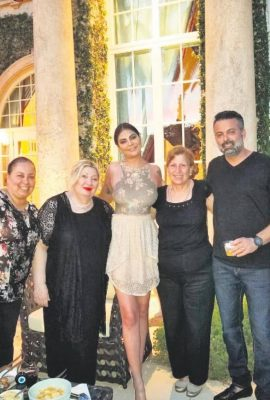 Miamideki Escobarın villasında Süreyya Yalçından Türk gecesi