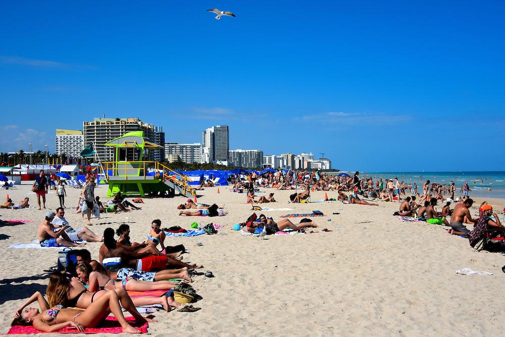 Balayı tatilinizi Miami plajlarında yapın
