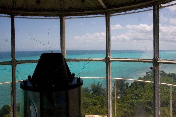 Ras Kigomasha Deniz Feneri'nin manzarasını izleyin