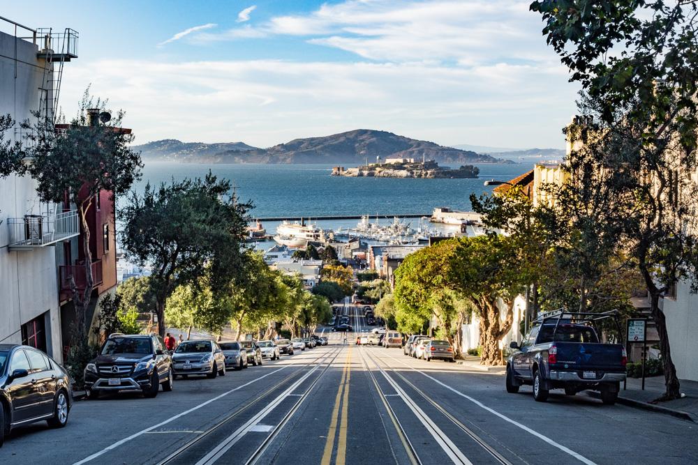 Balayı tatili için San Francisconun sokaklarını tercih edin