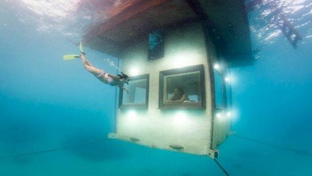 Manta Resort su altı odasında keyfi yaşayın