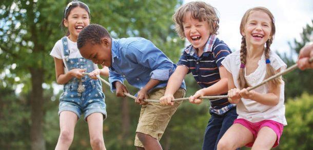 Ailelerin çocukları için yaz tatili tercihi yurt dışı kampları!