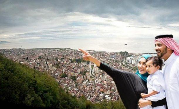 İstanbul'a gelen 4 turistten birisi Arap oldu!