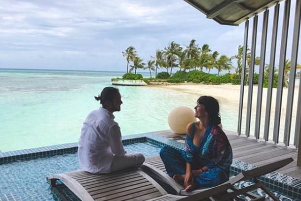 Pelin Akil ve Anıl Altan Maldivler'de tatil yapıyor