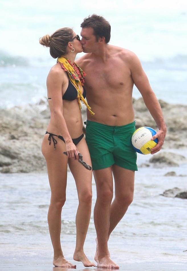 Tom Brady ve Gisele Bündchen Kosta  Rica  tatilinde