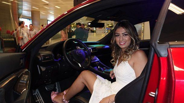 ATÜ Duty Free'den parfüm aldı, 1.2 milyon TL'lik araba kazandı!