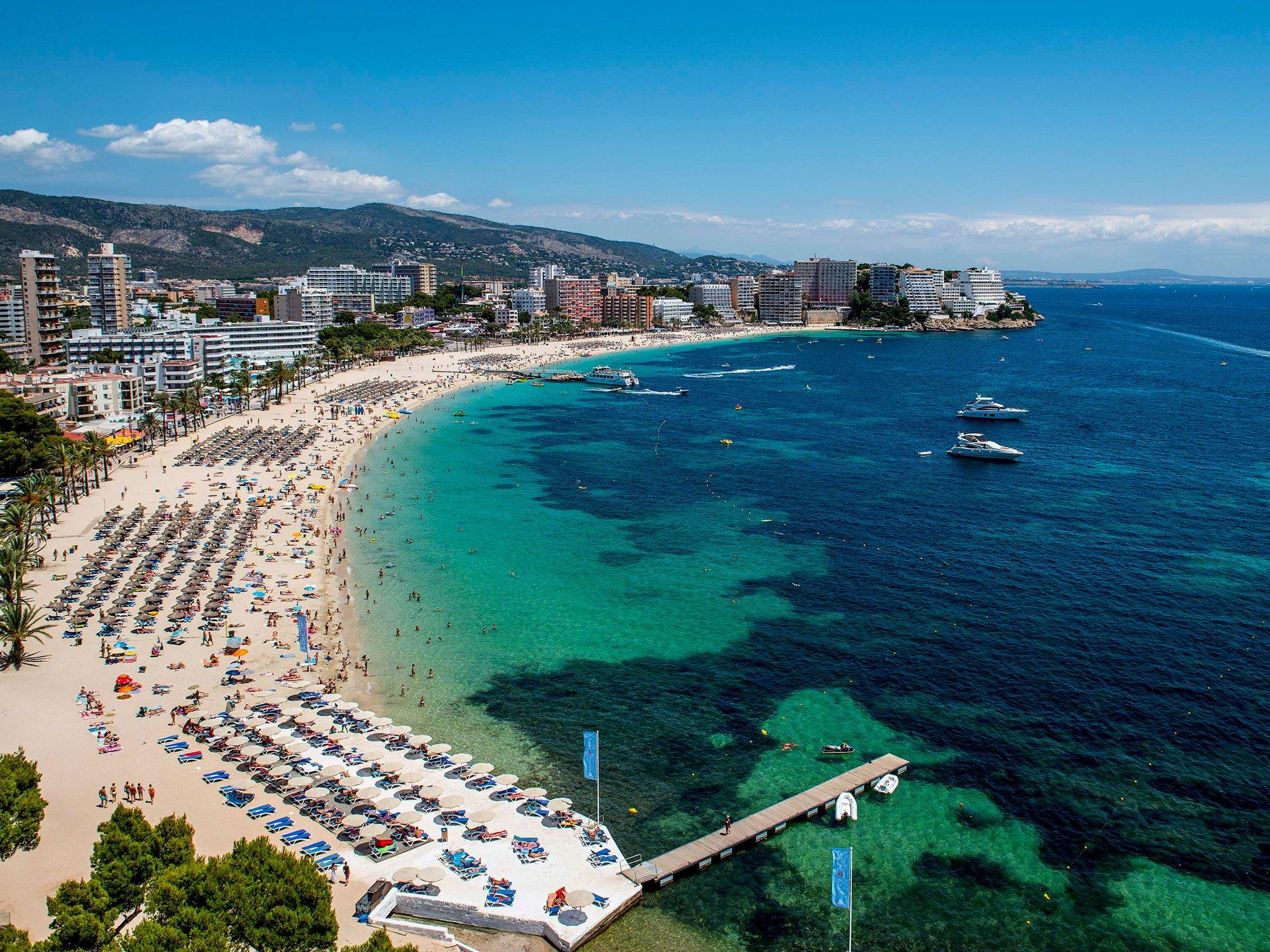 Mallorca'nın en kalabalık plajı: Magaluf