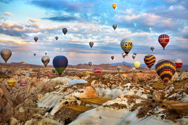 Olumsuz hava Kapadokya'da balon turlarını iptal ettirdi!