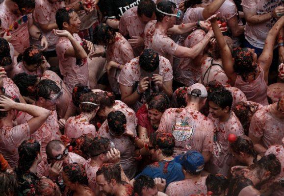İspanya ünlü festivali İspanya ünlü festivali La Tomatina başlıyor