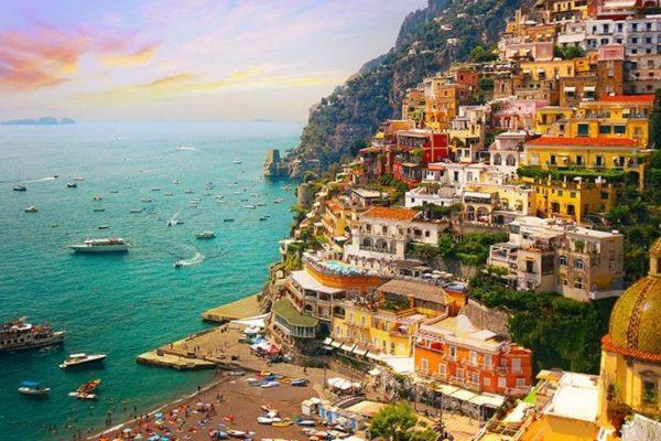 Amalfi Kıyıları'nın yıldızı Positano