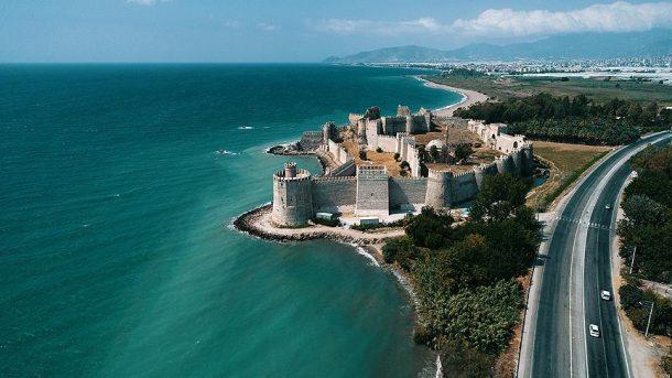 Anamur'daki Mamure Kalesi, Akdeniz'in binlerce yıllık tanığı