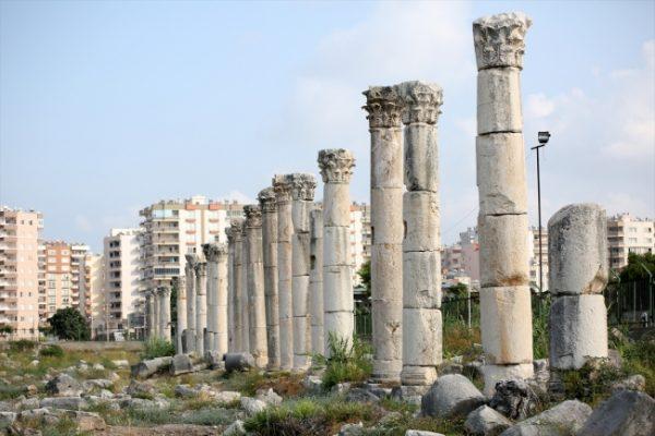 Mersin Soli Pompeiopolis antik kentinde büst bulundu