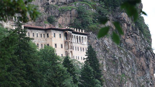 Sümela Manastırı'nın tamamının hizmete açılacağı tarih belli oldu