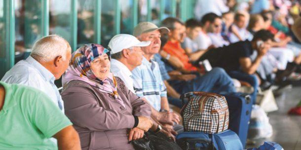 Türk halkı, 2018'in ilk çeyreğinde yurt içinde 6.3 milyar TL harcadı!