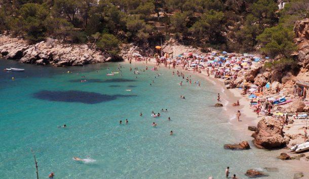 Cala Salada Plajı İbiza İspanya