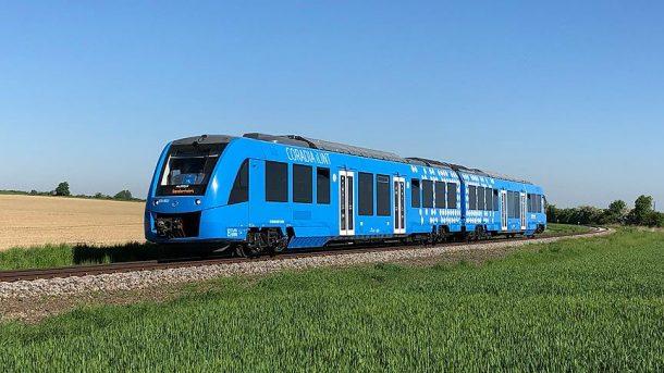 Dünyanın ilk hidrojen enerjili treni Coradia iLint, Almanya'da hizmete girdi